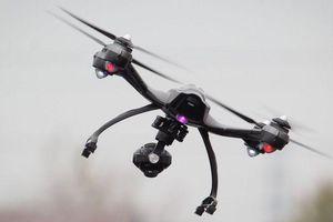 Drone suýt đâm vào máy bay ở độ cao 2.400 m