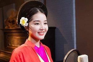 'Bông hồng' mới của làng chèo Việt