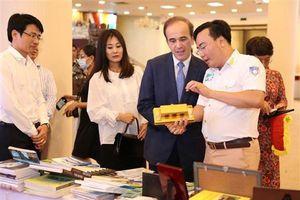 Khai mạc Triển lãm du lịch qua các miền di sản văn hóa Việt Nam