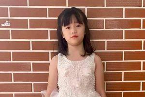 Thúy Nga khoe con gái mới 9 tuổi đã chân dài miên man lại còn có khiếu nghệ thuật