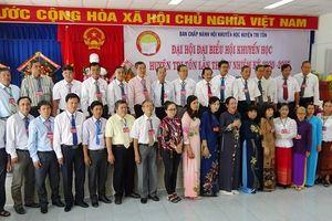 Bà Neáng Kim Cheng tiếp tục làm Chủ tịch Hội Khuyến học huyện Tri Tôn