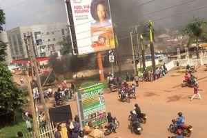 Biểu tình phản đối bắt ứng viên tổng thống ở Uganda, 37 người chết