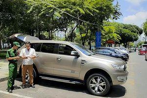 Kiến nghị giao hẳn việc thu phí đậu xe tại TP HCM cho phía thanh niên xung phong