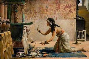 Giải mã sổ tay thần chú Ai Cập cổ