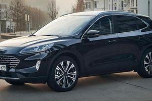 Ford Escape hybrid 2021 ra mắt, có thể đi được 1.000km mới phải đổ xăng