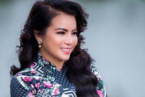 Hoa hậu Kim Hồng nhớ thuở khó khăn khi làm cô giáo âm nhạc