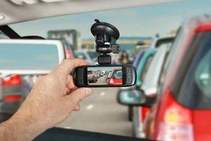 Chủ tịch Hiệp hội ô tô vận tải Việt Nam: 'Nên lùi thời hạn lắp camera hành trình'