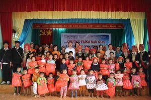 Hà Giang: Công ty Cổ phần Truyền thông VMG bàn giao lớp học từ thiện tại Bắc Mê