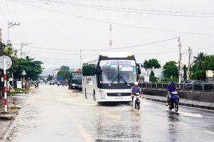 Quốc lộ 1 qua địa bàn Cam Lâm và Cam Ranh: Bao giờ hết cảnh ngập nước mùa mưa?