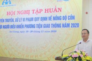 Ông Khuất Việt Hùng: Xử phạt người vi phạm giao thông là hình thức giáo dục