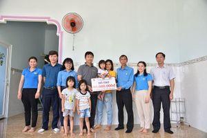 Công đoàn Công ty Nhôm Đắk Nông chăm lo đời sống cho các Đoàn viên