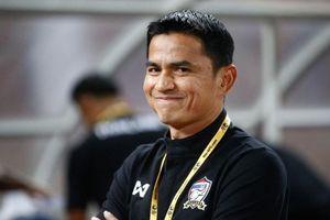 Báo Thái Lan đưa tin: HLV Kiatisak sẽ dẫn dắt HAGL với mức lương hơn 600 triệu đồng mỗi tháng