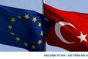EU cảnh báo Thổ Nhĩ Kỳ đang 'rời xa' Liên minh châu Âu