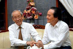 Bộ trưởng Phùng Xuân Nhạ thăm hỏi, chúc mừng các nguyên lãnh đạo GD&ĐT