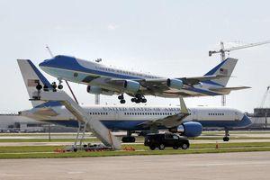 Chuyên cơ Air Force One giá 3,2 tỷ USD của tổng thống Mỹ có gì?
