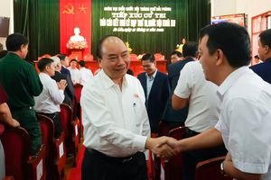 Thủ tướng giải đáp thắc mắc của cử tri về phát triển kinh tế - xã hội ở Hải Phòng