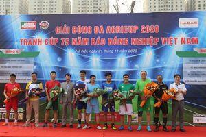 Khởi tranh giải bóng đá Agricup 2020 kỷ niệm 75 năm Báo Tấc đất