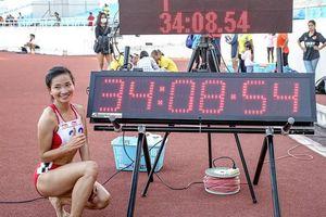 Cô gái 'ốc tiêu' phá siêu kỷ lục quốc gia môn điền kinh