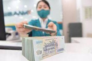 Đồng đô la Mỹ suy yếu khiến tỷ giá VND tăng mạnh