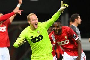 Thủ môn ghi bàn gỡ hòa vào phút 90+7 tại Bỉ