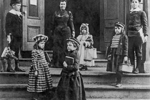 Cuộc sống của học sinh Mỹ 100 năm trước