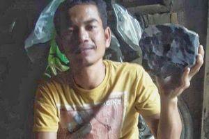 Sự thật về vụ thành triệu phú nhờ thiên thạch rơi vào nhà ở Indonesia