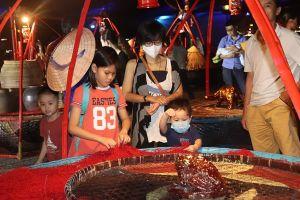 Đà Nẵng: Không gian nghệ thuật Đôi quang gánh của Mẹ - điểm check in đầy cảm xúc