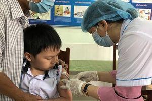 Quảng Ngãi: 19 nghìn học sinh được tiêm vắc xin phòng bệnh bạch hầu