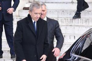 Giá cổ phiếu tăng mạnh đưa ông chủ Louis Vuitton trở thành người giàu thứ 2 thế giới