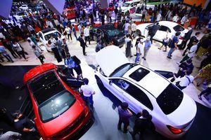 Thị trường ôtô Việt Nam sôi động dịp cuối năm