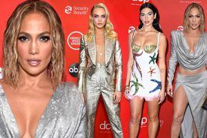 Jennifer Lopez, Dua Lipa cùng loạt mỹ nhân trễ nải vòng một trên thảm đỏ