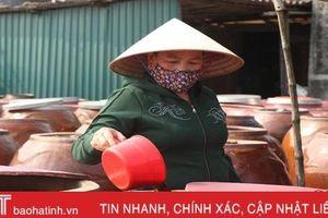 'Giấy thông hành' chất lượng của nước mắm truyền thống Hà Tĩnh