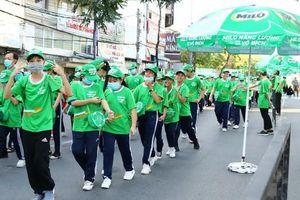 Hơn 4.000 học sinh tham dự Ngày hội đi bộ vì thế hệ trẻ Việt Nam năng động