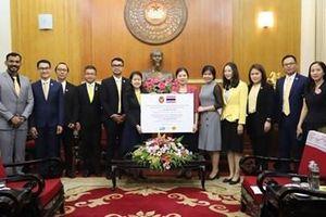 Cộng đồng quốc tế chung tay hướng về miền Trung, Tây Nguyên