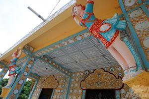 Lấp lánh vẻ đẹp sành sứ ở chùa Chén Kiểu