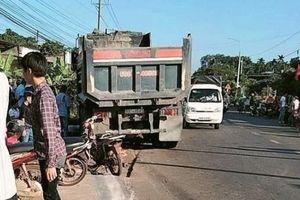 Tin giao thông đến sáng 24/11: Tai nạn liên quan đến xe máy, 5 người tử vong