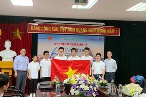 Học sinh lớp 10 đoạt HCV Olympic Toán quốc tế: Thi để thử sức mình