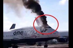 Máy bay Boeing 747 của Anh bốc cháy ở Tây Ban Nha