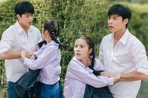 Paeng và Athit trong Trab Fah Mee Tawan - Cặp đôi ngược nhau tơi tả rồi lại yêu nhau nguyện thề sống chết