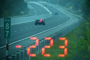 Tài xế 27 tuổi lái xe BMW với tốc độ 223 km/h trên cao tốc Bắc Giang - Lạng Sơn