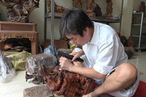 Hà Nội: Nghệ nhân Nguyễn Văn Truyền - Gìn giữ bản sắc gỗ Vân Hà