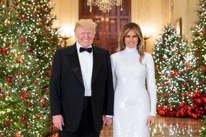 Giáng sinh cuối cùng ở Nhà Trắng: Đệ nhất Phu nhân Melania Trump chuẩn bị cây thông đặc biệt cao 5m