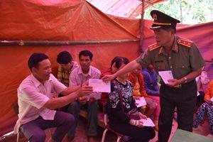 Hội đồng hương Quảng Nam - Đà Nẵng tại BR-VT: Tặng quà người dân Quảng Nam thiệt hại do thiên tai
