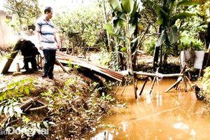 Suối Rạch Mọi ngày càng ô nhiễm