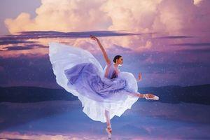 Đẹp sững sờ nhan sắc vũ nữ hòa vào thiên nhiên kỳ ảo