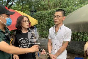 Cặp đôi nam nữ đeo kính cận 'thủ' cả ma túy và dao bầu