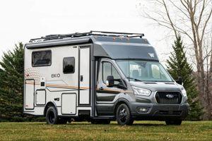 Biến thể nhà di động của Ford Transit có giá 163.662 USD