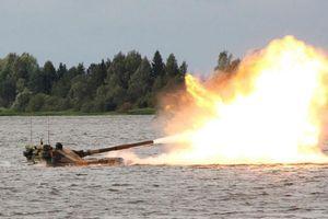 Pháo Sprut-SD hỗ trợ hỏa lực cực 'chất' cho hoạt động đổ bộ
