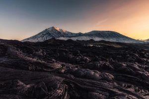 Phát hiện khoáng chất kỳ lạ trong lòng núi lửa