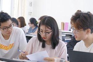 'Tốt nghiệp là thất nghiệp' - Làm sao để sinh viên phá bỏ 'lời nguyền'?